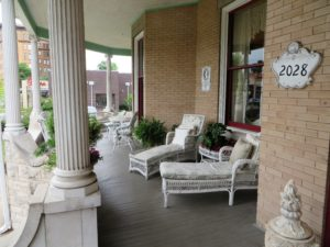 Large verandah perfect for watching the world go by.