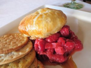 Brie en croute - a mouthwatering appetizer at the Gardens Restaurant.